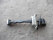 Ограничитель двери правый Skoda Octavia A-5 04-09 Октавиа 108446