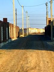 Кутова ділянка за Авторинком на забудованій вулиці!